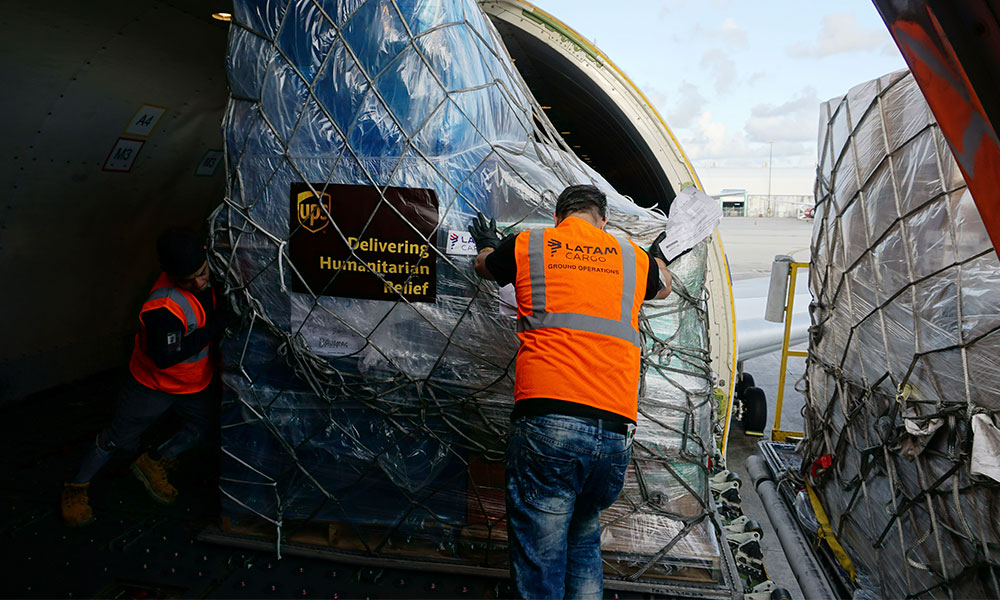 LATAM sends plane with humanitarian aid to the Bahamas