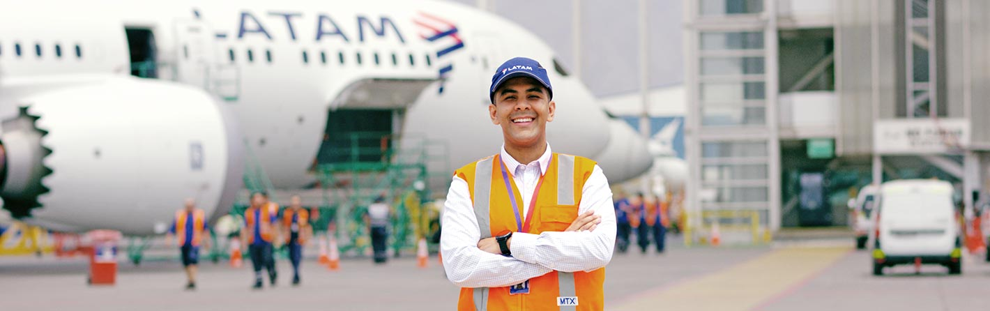Learn about one of the people responsible for the punctuality of LATAM planes